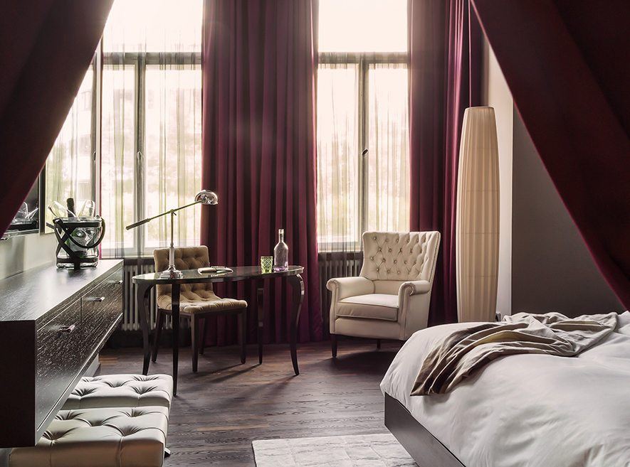 Hotelier 7